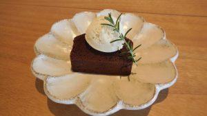 季節のケーキ「ガトーショコラ」のご紹介